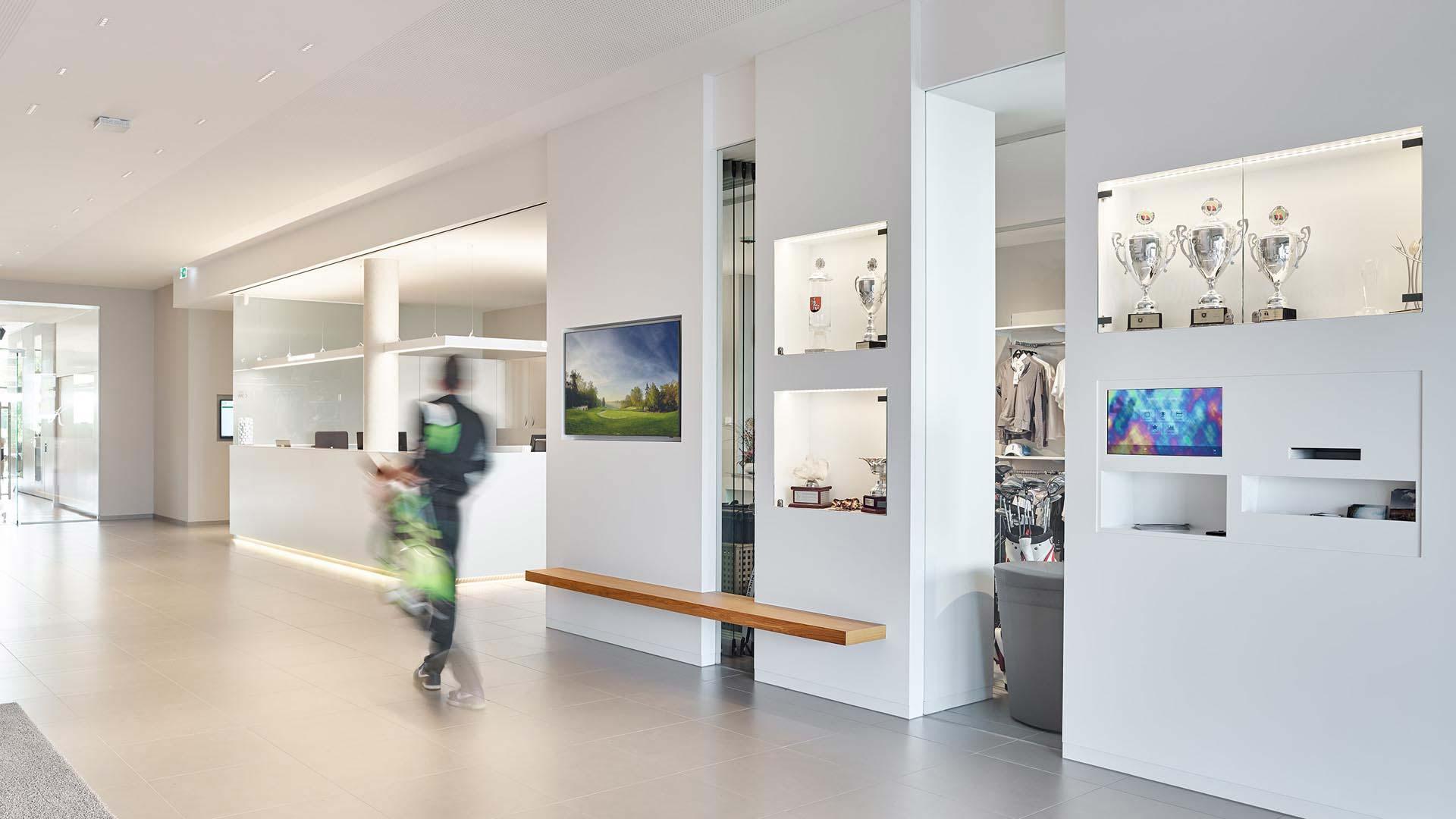 mainzer-golfclub-clubhaus-foyer-01